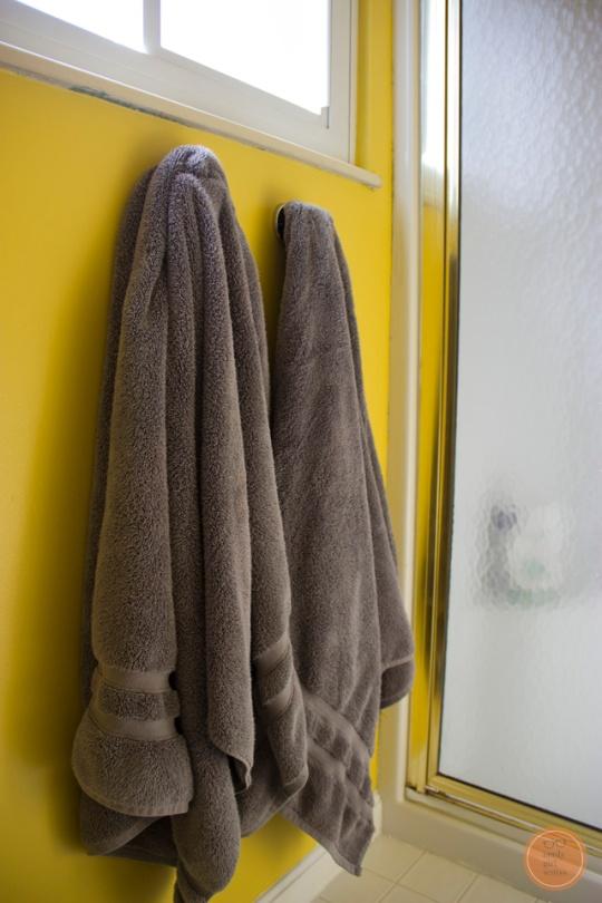 bath-sneak-4